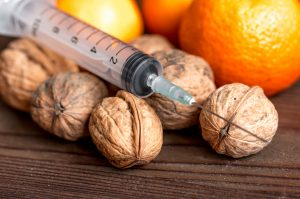 food allergy, allergen, walnuts, syringe